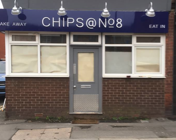 Chips @ No8 uPVC Window Painting Before